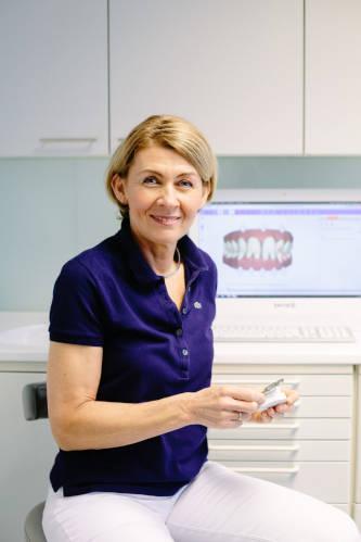 Dr. Romana Leidl